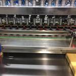 重庆市柏林麻油厂高速生产线12头易拉罐生产线